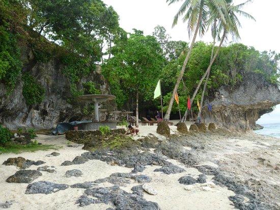 Tangkaan Beach pic 3