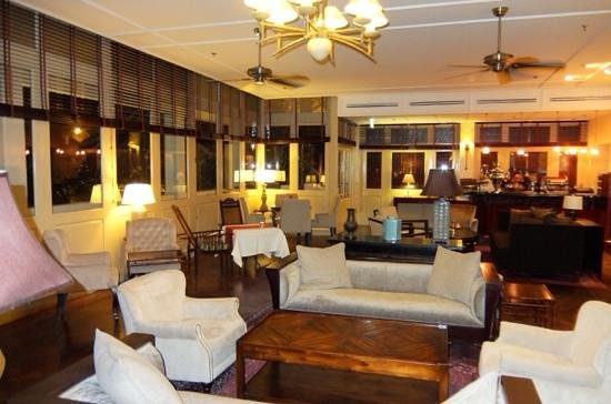 Raffles Grand Hotel d'Angkor: bar