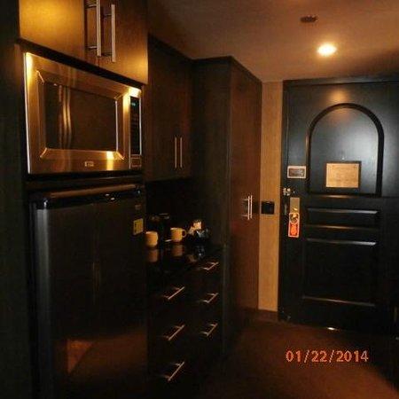Grand Sierra Resort and Casino: coffeemaker/fridge/microwave