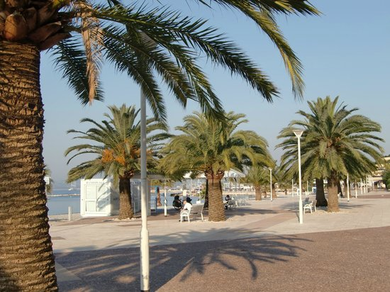 Bay Star Beach & Lounge : Пляж в Ницце