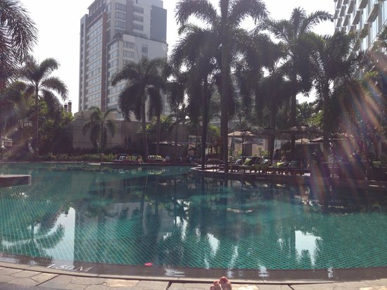 Conrad Bangkok Hotel: View from the pool