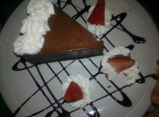 Main Street Cafe & Pub: Chocolate Pie
