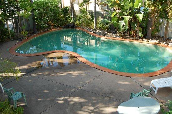 Araluen Motor Lodge: Pool