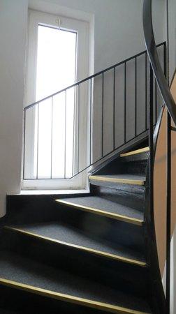 Pyjama Park Hotel und Hostel: stairs