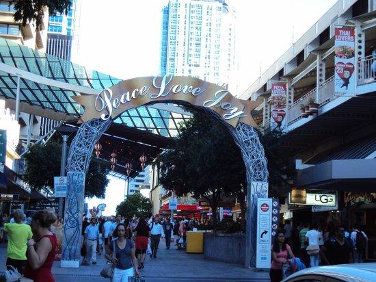 Oaks Festival Towers: Location at Albert Street