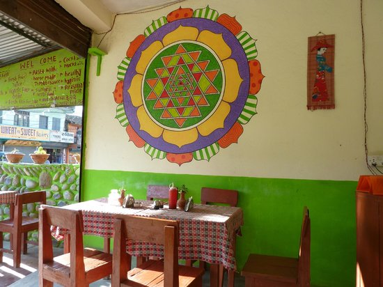 Rest Point Cafe & Bar: Lovely  mandala painting