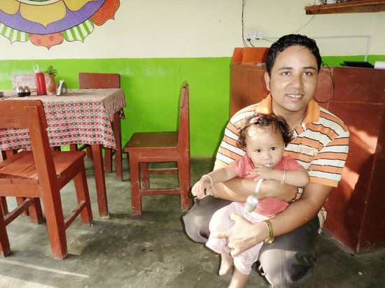 Rest Point Cafe & Bar: Jevan and daughter (owner)