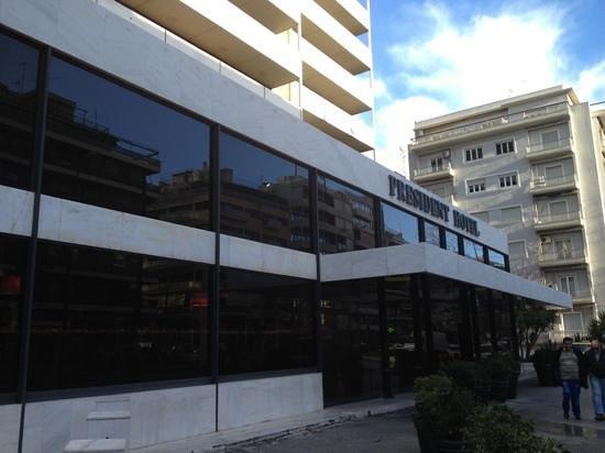 President Hotel: Outside