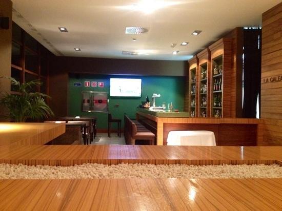 Precise Resort El Rompido - The Apartments : Bar & TV area