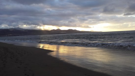 Playa de Las Canteras : sunset at Playa Canteras