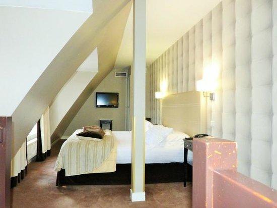Hotel Daunou Opera : Upper bedroom, 6th floor