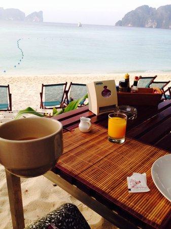 Paradise Resort Phi Phi: View from breakfast