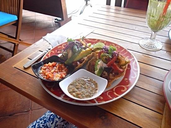 Taco Beach Grill: veggie taco
