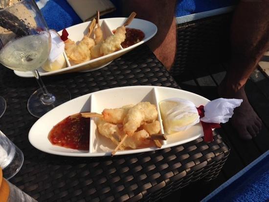 Jumeirah Mina A'Salam: lunch at the pool