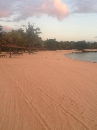Shanti Maurice Resort & Spa: shanti maurice beach