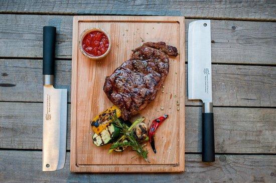 Red. Steak&Wine