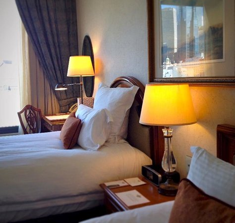 The Langham: Our twin river room