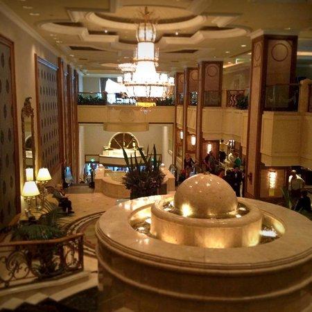 The Langham: Luxurious