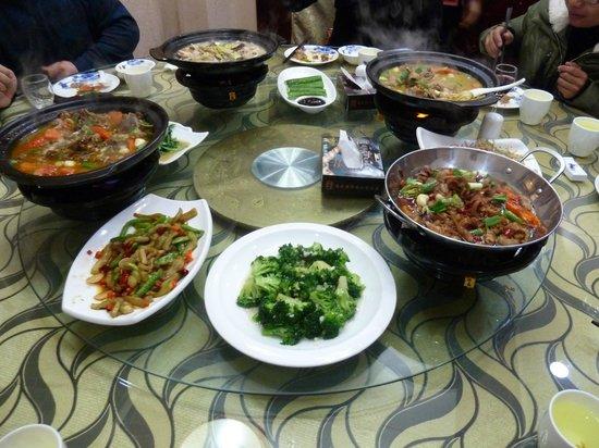 Ramada Plaza Lianyungang : lunch meal
