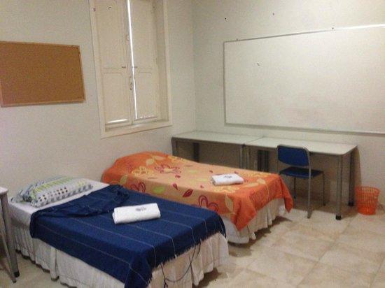 Lingua Solta Hostel