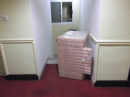 Deebaj Al Khabisi Plaza: Furniture blocking stairway/fire escape for 3 days