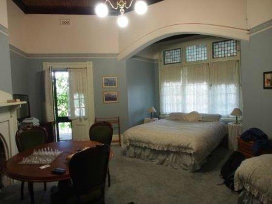 Mount Ophir Estate: Corner room