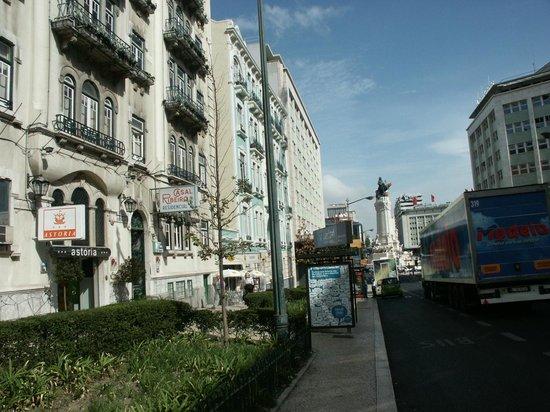 Hotel Expo Astória : Улица Звенящих Колокольчиков :)