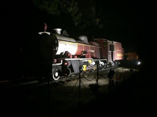 ITC Mughal, Agra: Locomotive in the Garden