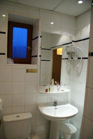 Hotel du Nord : Bathroom