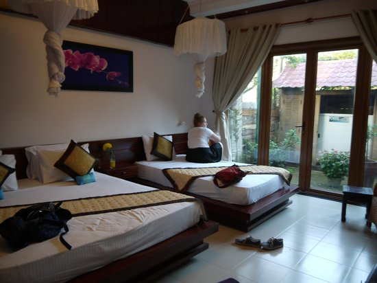 The Hoi An Orchid Garden Villas : Not the family bungalow - but a lovely room!