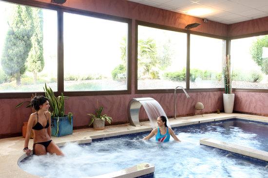 Villa Nazules Hotel Hípica Spa: Agua & Lus Spa En Villa Nazules