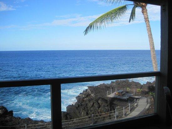 Keauhou Kona Surf & Racquet Club: View from the lani