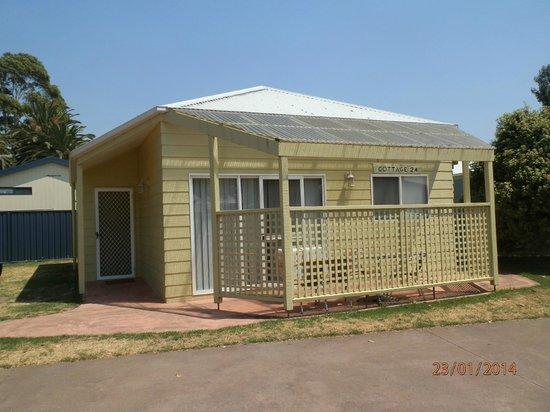 BIG4 Whiters Holiday Village: Garden Cottage