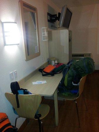 Motel 6 Moab : room