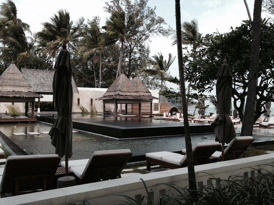 SALA Samui Choengmon Beach Resort : Black pool