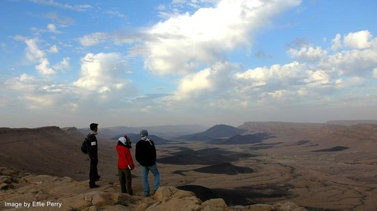 Desert Land Adventure Tours - Private Day Tours: Hiking in the Negev Desert