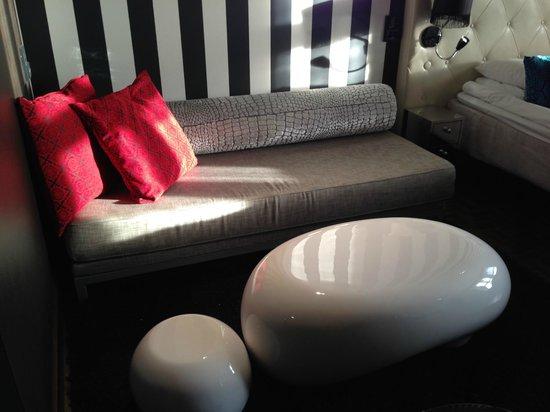 Scandic Paasi: Sofa