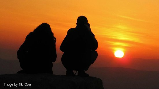 Desert Land Adventure Tours - Private Day Tours: Sunset in Ramon Crater