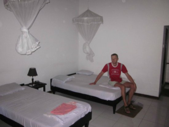 Dilena Beach Resort: Our room for 3 persons