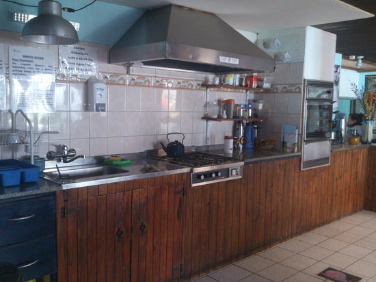 Backpackers Hostel Bariloche : Cocina totalmente equipada