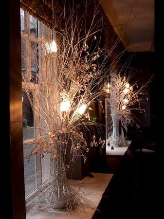 Mercure Farnham Bush Hotel: beautiful decorations at christmas