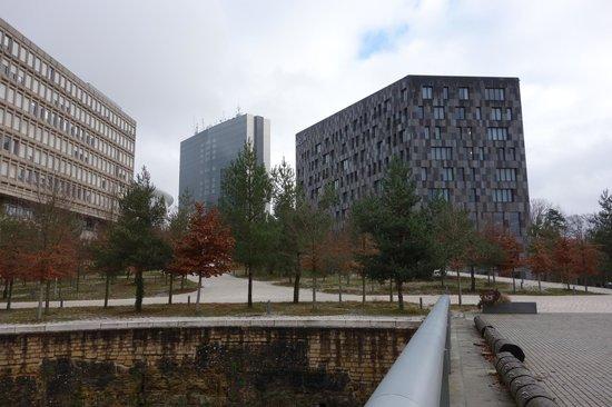 Meliá Luxembourg : Blick vom Mudam auf das Hotel