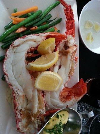 Bugzies Seafood Restaurant: A gastronomic delight!!