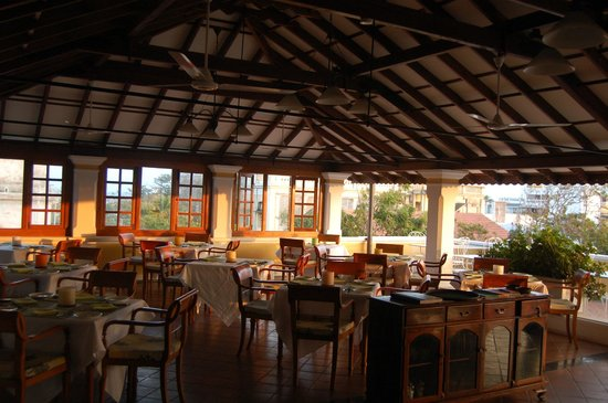 Palais de Mahe : The rooftop dining room is open and airy and full of sea breezes