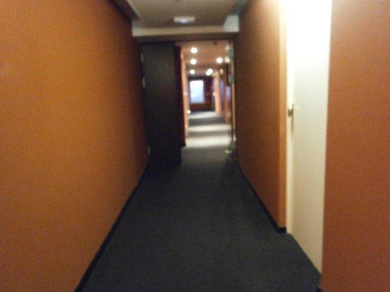 Hotel Ariane: hallway 2nd floor