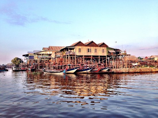 Kompong Phluk: Village at sunset