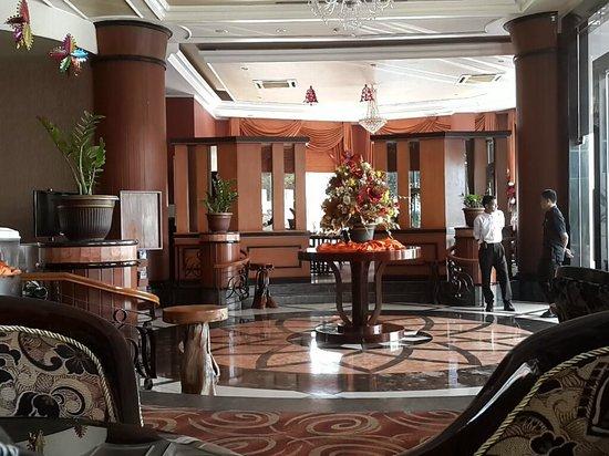 Quality Hotel Gorontalo : Ruangan di Quality yang berkelas