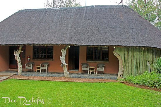 Bushman/San Village Tented Camp: Lodge Rooms (seperate)