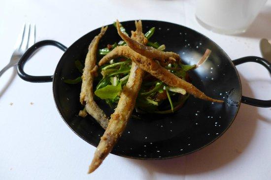 Ca Na Toneta: Frittierte Sardellen