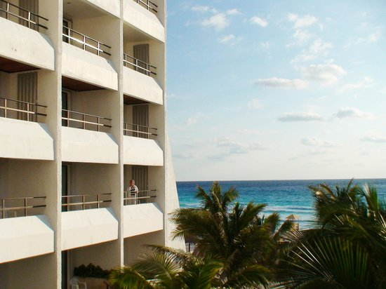 Flamingo Cancun Resort : Вид с балкона отеля